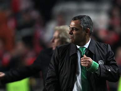 Abrantes Mendes tenciona manter José Couceiro à frente do futebol