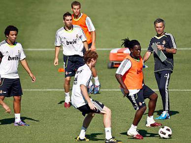 Mourinho orienta primeiro treino