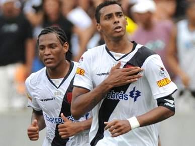Braga oficializa Elton e Felipe