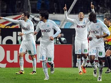 Marselha vence primeiro jogo em 2011