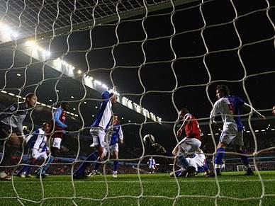 Aston Villa na final da Taça da Liga, após jogo frenético