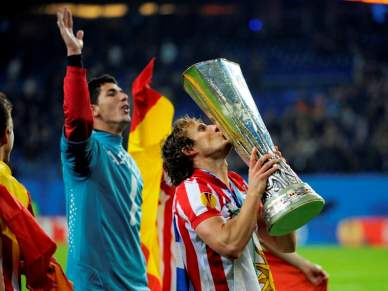 Super Forlán dá Liga Europa ao Atlético