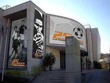 Liga assina contrato de apoio financeiro com 18 clubes