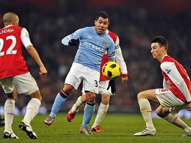 Arsenal e Manchester City empatam