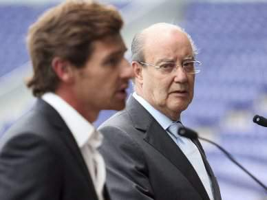 Pinto da Costa vai estar no banco