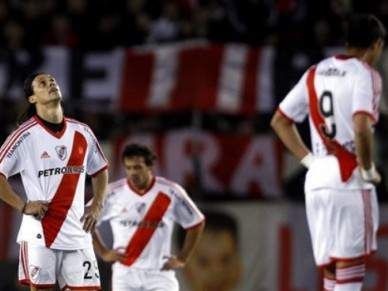 River Plate perto da descida
