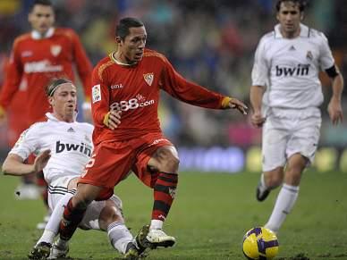Barcelona chega a acordo com Sevilha por Adriano Correia