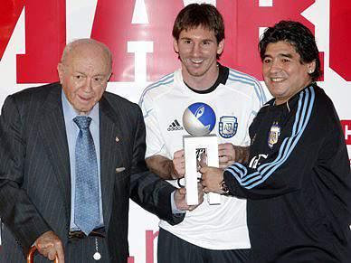 Messi eleito melhor jogador do Campeonato