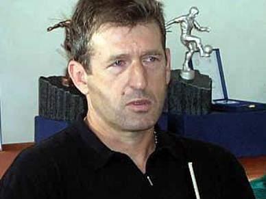 Safet Susic apontado como successor de Blazevic