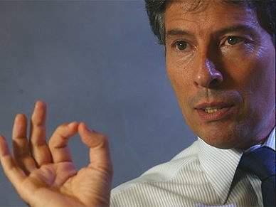 Vítor Pereira acredita que um árbitro português pode apitar uma final europeia