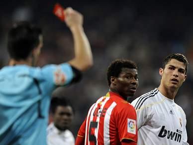 Cristiano Ronaldo pede desculpa pela expulsão frente ao Almeria