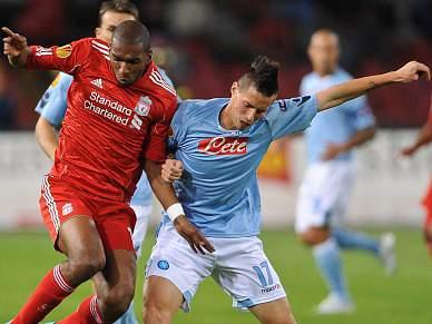 Liverpool empata com Nápopes 0-0