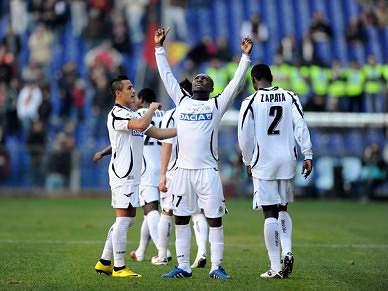 Génova goleado em casa poela Udinese