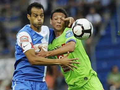 Genk, adversário do FC Porto, goleia e lidera
