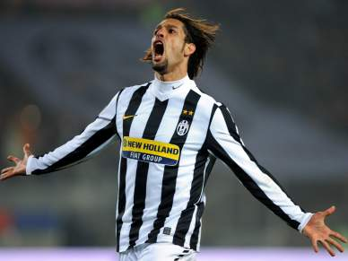 Amauri cedido ao Parma