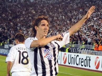 Partizan goleia Javor Ivanjica e mantém liderança destacada