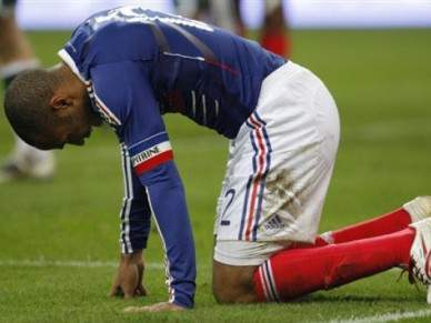 Thierry Henry abandona a selecção