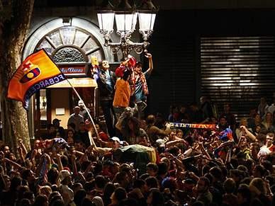 5000 festejam vitória em Barcelona