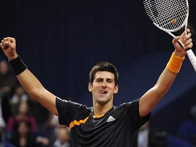 Djokovic nas meias-finais