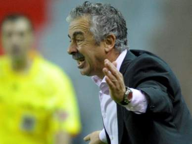 Técnico do Gijón admite que foi duro com Mourinho mas está