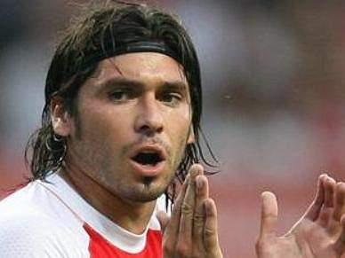 Madrid a titular nos arsenalistas
