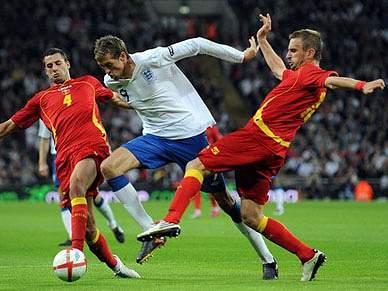 Montenegro arranca empate em Inglaterra