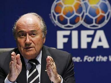 Blatter pede ajuda a Kissinger