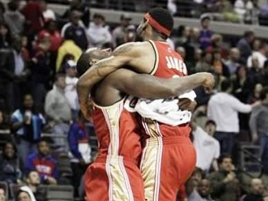 LeBron empurra Cavaliers para a vitória em Detroit