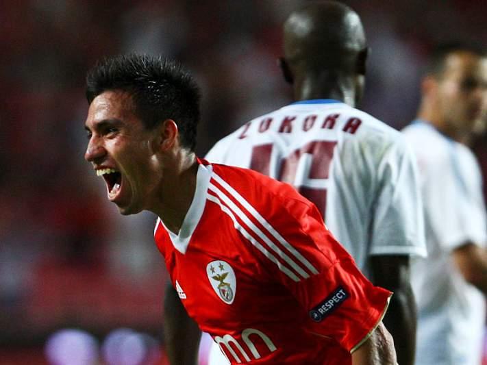 Benfica parte em silêncio