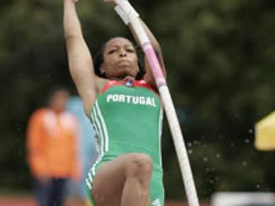 Eleonor Tavares bateu recorde nacional do salto com vara