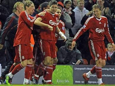 Liverpool fecha dia com vitória sobre Wolverhampton