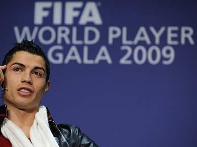 Ronaldo no onze ideal da FIFA