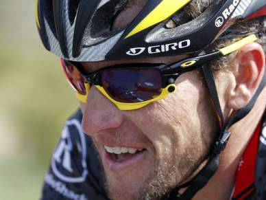 Armstrong falha Amstel Gold Race