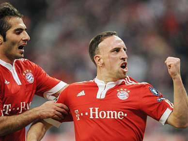 Bayern faz reviravolta no Arena