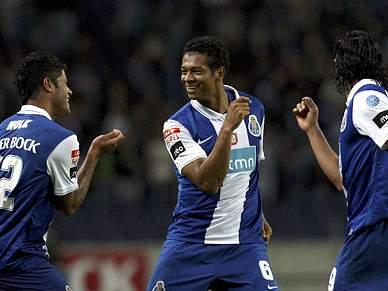 Trio colombiano convocado à selecção