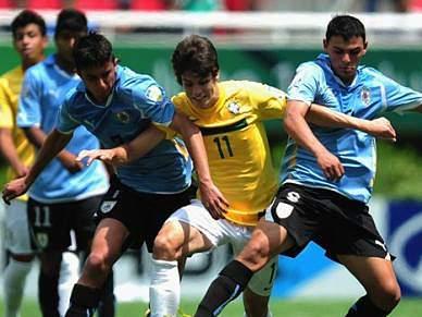 Uruguai varre Brasil da final