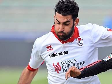 Bari supera Livorno e chega aos oitavos de final