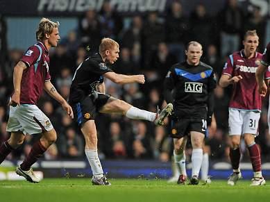 Manchester United goleia West Ham por 4-0