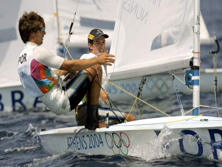 Marinho e Nunes terminam primeiro dia no 15.º lugar