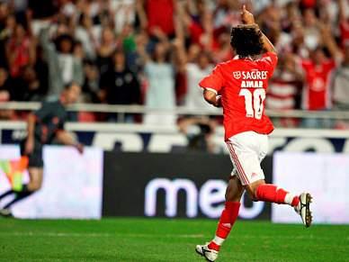Benfica em Setúbal para aumentar pressão sobre concorrência