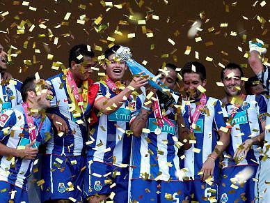 FC Porto é o novo clube com mais troféus