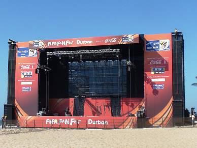 FIFA Fan Fest instala-se na praia de Durban