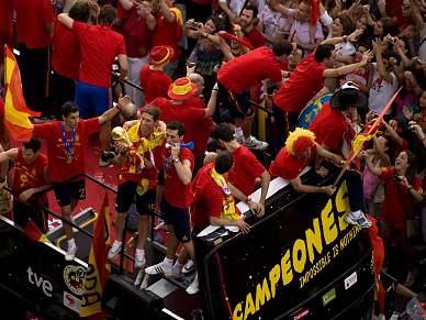 Madrid nas ruas para saudar campeões