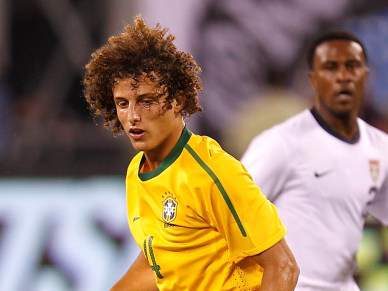David Luiz e Hulk chamados para estágio