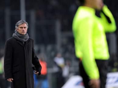 Mourinho é expulso e vê Inter perder com Juventus