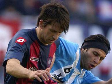 FC Porto e SL Benfica seguem central argentino do San Lorenzo