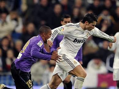 Cristiano Ronaldo nega intenção de agredir defesa do Málaga