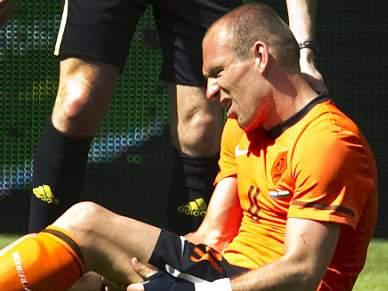 Bayern e Holanda agendam jogo por lesão de Robben