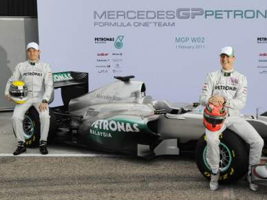 Mercedes apresenta o novo MGP W02