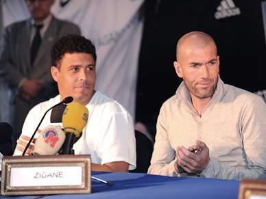 "Ronaldo junta-se a Zidane e reedita ""Galácticos"""